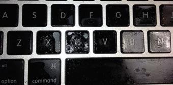MacBook не видит клавиатуру