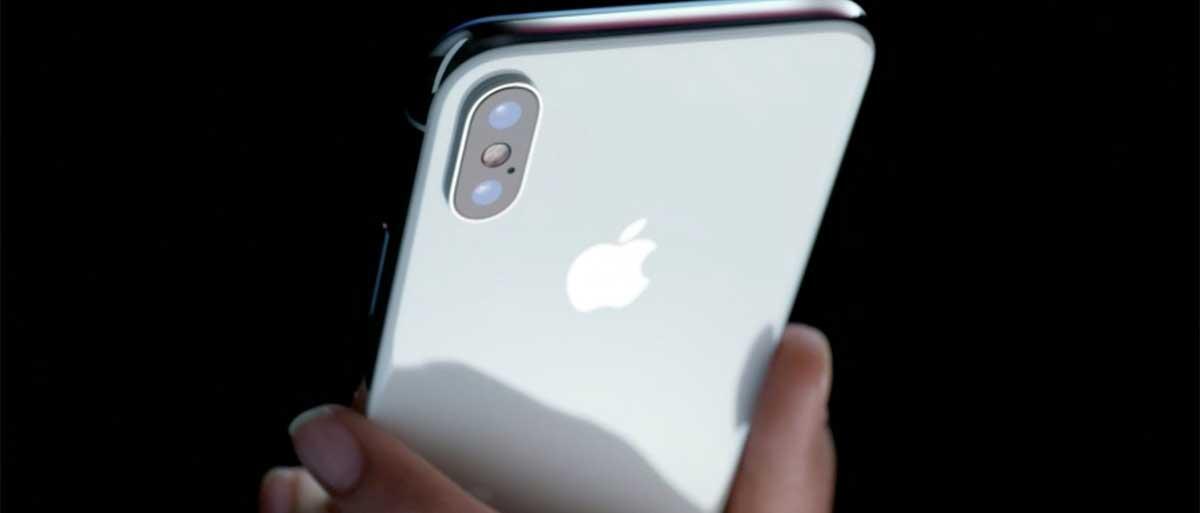 iPhone X не включается? iPhone X не работает
