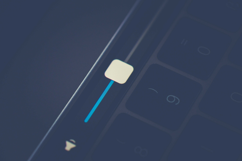 не работает динамик macbook air pro retina 13 15 17