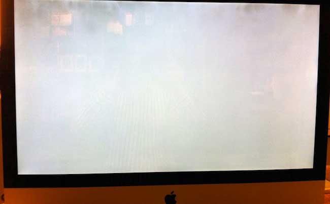 Мутные пятна на экране iMac
