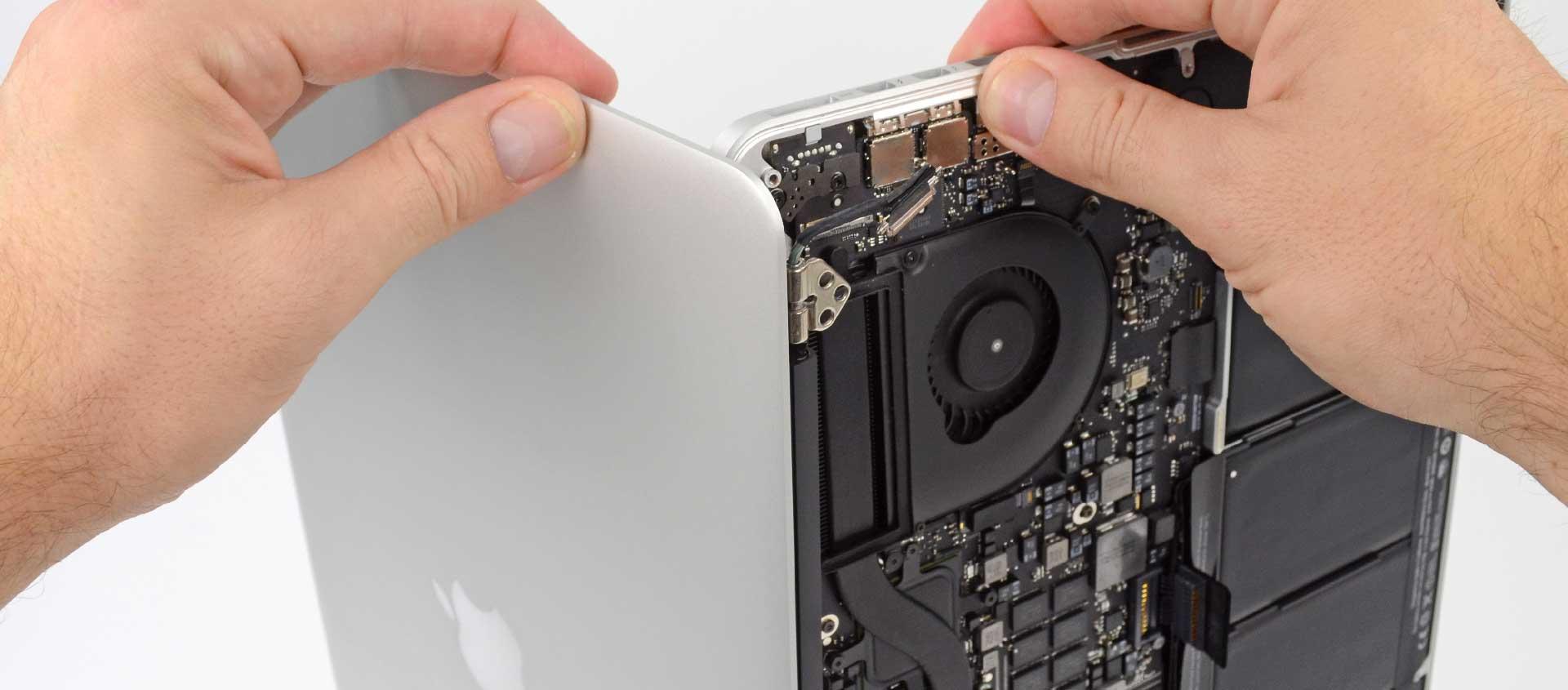 Замена TopCase на MacBook Pro Retina, замена кортуса MacBook Pro Retina